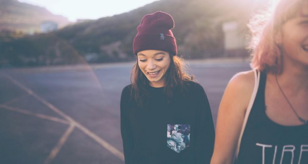 La edad media de la primera relación sexual baja de 17 a 15 años